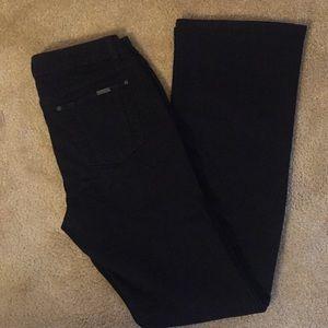 NWOT Jennifer Lopez Black Jeans - Size 6